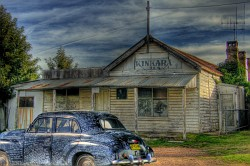 FJ Holden at Kinkara