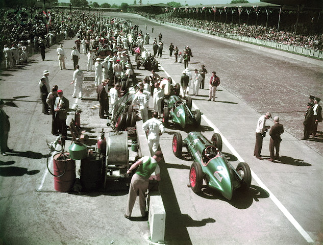 1948 Indy 500 Sideline with Bill Holland #2 & Mauri Rose #3
