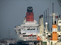 QE2 having her Funnel Painted