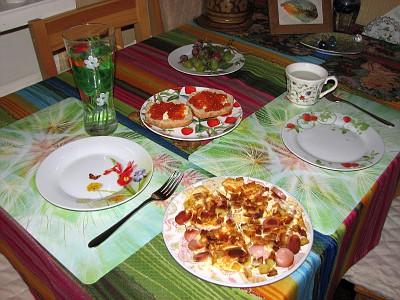 9:00 завтрак на столе