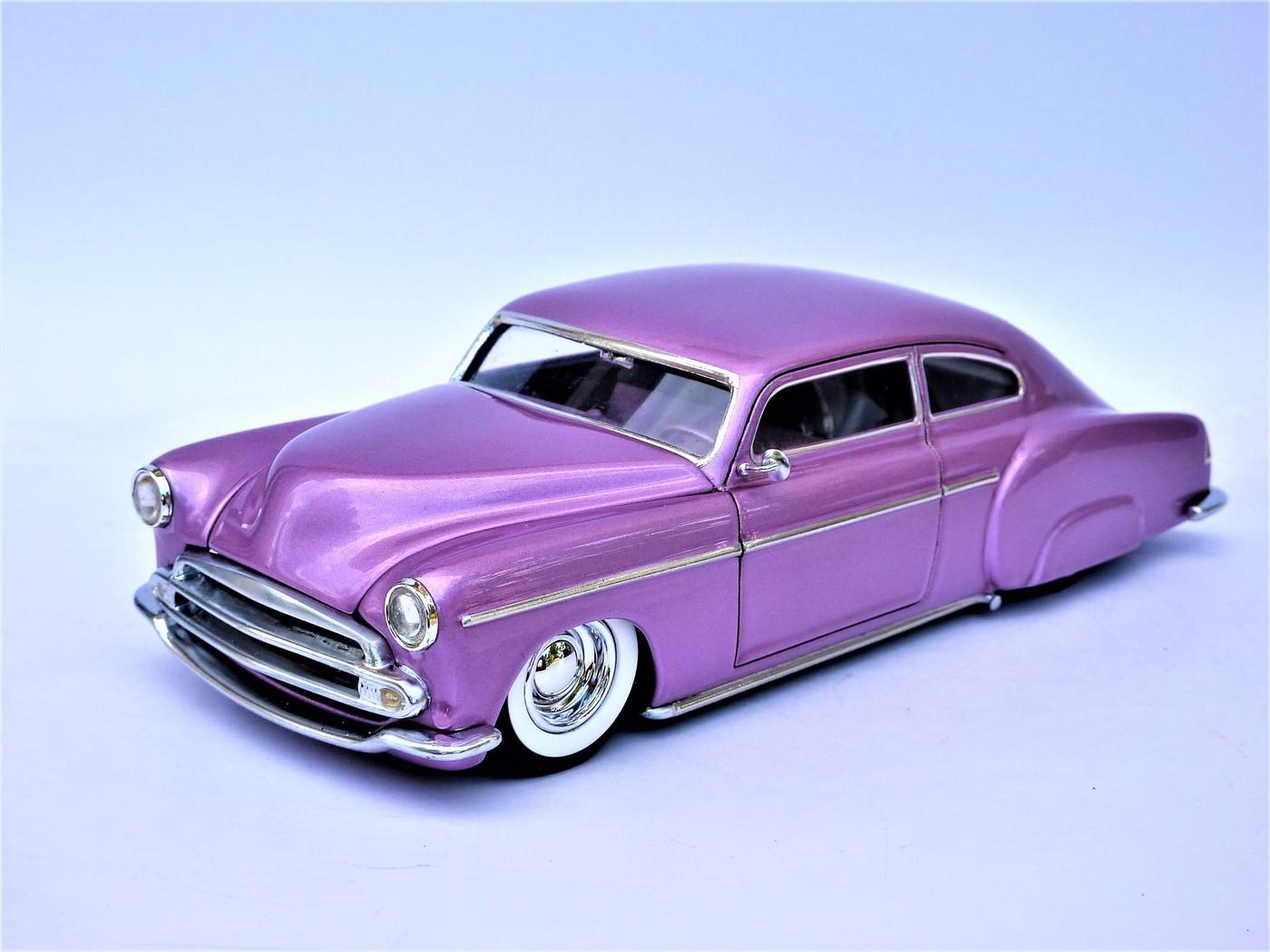 Refection complete d'une ancienne Chevy 51 Fleetline terminée - Page 2 Photo10-vi